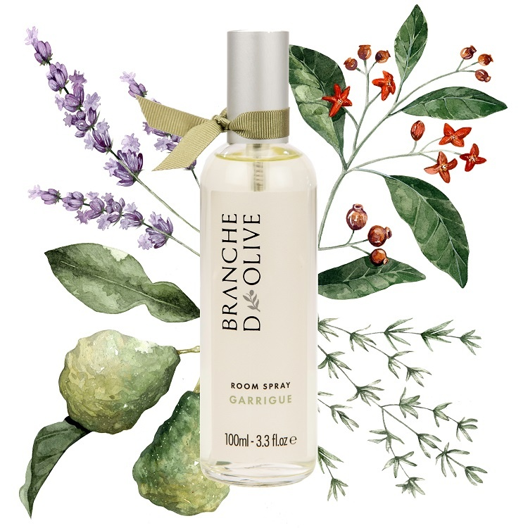 Branche d'Olive Garrigue Room Spray with a painted floral background