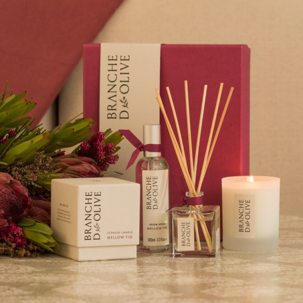 Branche d'Olive Mellow Fig Room Diffuser, Scented Candle and Room Spray with pink gift box